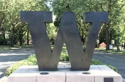 what to look for when touring universities